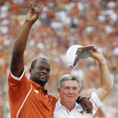 Hook em Horns!! Mack Brown and Vince Young Re-Pinned by http://high5collegeclub.com