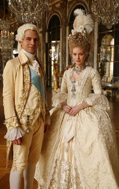 Louis XVI and Marie Antoinette. Still from Farewell My Queen. 18th Century Dress, 18th Century Costume, 18th Century Clothing, 18th Century Fashion, Historical Costume, Historical Clothing, Rococo Fashion, Vintage Fashion, Marie Antoinette Movie