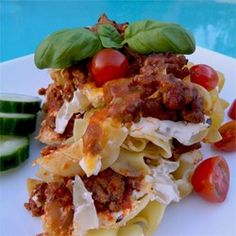 Ground beef, bow-tie pasta, and veggies are baked into a creamy, cheesy casserole for a comfort food weeknight dinner. Ground Beef Casserole, Tater Tot Casserole, Tater Tots, Casserole Dishes, Casserole Recipes, Turkey Casserole, Breakfast Casserole, Beef Dishes, Food Dishes