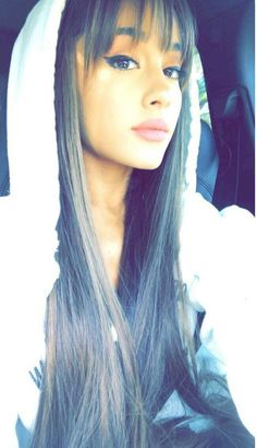 This style slaaaays on her #arianagrande