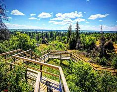 13 Most Incredible Hikes In Manitoba You Have To Do Once In Your Life - Narcity Canadian Prairies, Canadian Travel, Road Trip With Kids, Staycation, Places Around The World, Hiking Trails, Vacation Spots, Day Trips, The Great Outdoors