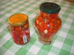 Ερασι τέχνης ...: ντοματάκια τουρσί Preserving Food, Food Hacks, Preserves, Pickles, Salsa, Mason Jars, Food And Drink, Appetizers, Canning