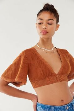 Check out UO Deja Crochet Cropped Top from Urban Outfitters Crochet Crop Top, Crochet Blouse, Knit Crochet, Cropped Tops, Crochet Clothes, Diy Clothes, Womens Going Out Tops, Crop Top Pattern, Bikinis Crochet