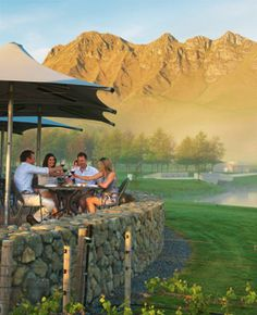 Award-winning Terrôir at Craggy Range Lush Beauty, Today Latest News, Wine News, Wine Pairings, Wine Recipes, New Zealand, Wedding Stuff, Vineyard, Range