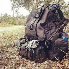 So Nice! By the way claim your FREE Gifts! While Stocks Last. -> See our BIO link! Bushcraft Skills, Bushcraft Gear, Bushcraft Camping, Camping Survival, Survival Prepping, Survival Gear, Survival Skills, Camping Gear, Backpacking
