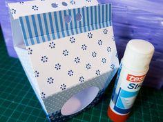 Schnelles und kreatives Verpacken von kleinen Geschenken geht ganz einfach. Mit den Geschenkschachteln von folia lassen sich viele Ideen mühelos umsetzen. Lesen Sie dazu einen Blogbeitrag unter https://alaminja.wordpress.com/2015/04/10/schnell-und-kreativ-verpackt-mit-folia/