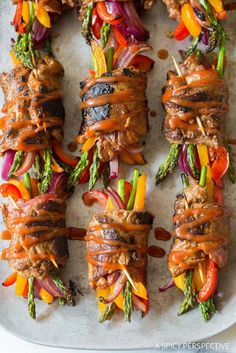 Awesome Low Carb Steak Fajita Roll-Ups (steak fajitas healthy) Low Carb Dinner Recipes, Keto Dinner, Keto Recipes, Cooking Recipes, Healthy Recipes, Healthy Meals, Grilling Recipes, Keto Foods, Steak Roll Ups