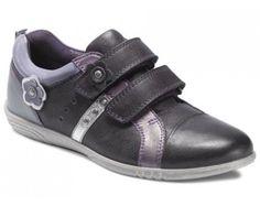 Ecco 725672 Alicia Night Shade/N.Shad/Purpl Flot elegant pige sko der kan bruges til hverdag eller festlige lejligheder. Lukkes med velcro, som er nemt for pigen selv.