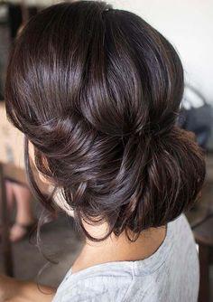 Pretty wedding hairstyle 2017