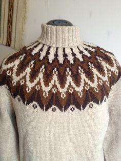 Norwegian Knitting, Nordic Sweater, Icelandic Sweaters, Knit Art, Fair Isle Knitting, Knitting Projects, Knitting Patterns, Knit Crochet, Wool