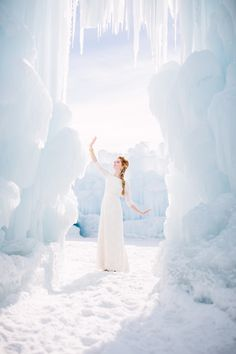 Disney's Frozen Inspired Wedding Shoot midway ice castles calie rose wedding flowers utah florist meredith carlson photography winter wedding www.calierose.com