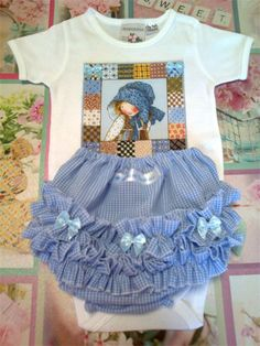 """Holly Hobbie"" Little Smiles Onesie and matching bloomer/nappy-cover Set"