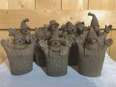 "recent Pictures Slab Ceramics kids Thoughts Képtalálat a következőre: ""töpfern anregungen weihnachten"" Most recent Pictures Slab Ceramics kids Thoughts Képtalálat a következőre: ""töpfern anregungen weihnachten"" Natalya's wall photos – 191 photos Pottery Tools, Slab Pottery, Ceramic Pottery, Pottery Art, Ceramic Art, Ceramics Projects, Clay Projects, Clay Crafts, Cerámica Ideas"