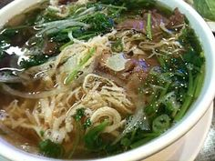 i've recently become pho obsessed. here is a list of the top pho bo and pho ga recipes. must try.