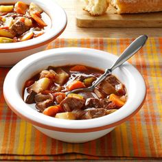 Chunky Beef & Vegetable Soup Recipe -Nothing cures the winter blahs like good comfort food, including this beefy soup I invented one chilly day. Serve with crusty bread or rolls. Vegtable Beef Soup, Veg Soup, Vegetable Soup Healthy, Vegetable Soup Recipes, Healthy Vegetables, Vegetable Soup Recipe Pioneer Woman, Veggies, Chunky Vegetable Soup, Corn Soup