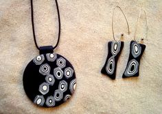 Conjunto PENDIENTES COLGANTE Negro blanco/ Polimer Clay Earrings pendant white  black Arcilla polimérica
