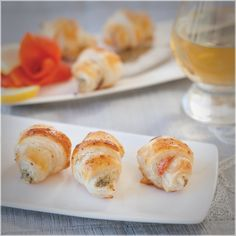 Epicure's Smoked Salmon Lemon Dilly Appies Appetizer Dips, Yummy Appetizers, Epicure Recipes, Lemon Salmon, Good Food, Yummy Food, Eat Smart, Smoked Salmon, Spice Things Up