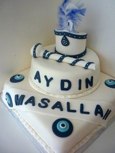 Cakes are staples for any celebration, from birthdays to baby showers. Only what about a newborn's circumcision? 7 Cake, Cake Cookies, Cupcake Cakes, Cakes Sydney, Bff Birthday Gift, Birthday Cake, Religious Cakes, Novelty Cakes, Celebration Cakes