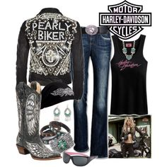 Top 20 Best Fashion Sets for the Ladies - Harley Davidson Edition - Viral Motos Harley Davidson Gear, Harley Gear, Harley Davidson Motorcycles, Motorcycle Style, Motorcycle Outfit, Biker Style, Motorcycle Fashion, Cowgirl Fashion, Lady Biker