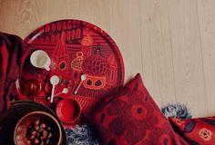 Marimekko's fall home collection boasts autumnal colorways of classic patterns including Kumiseva and Unikko. Image courtesy of Marimekko. Scandinavia Design, Kitchen Fabric, Pillowcase Pattern, Article Design, Textile Fabrics, Scandinavian Home, Marimekko, Autumn Home, Surface Pattern