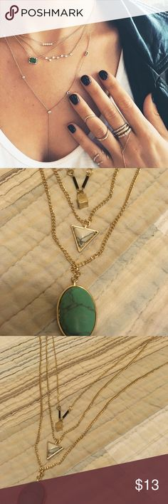 Women's 3 Layer Necklace ✨Women's 3 Layer Necklace  ✨Excellent Condition Jewelry Necklaces