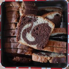 Cake au chocolat sans beurre ni huile | Gateau chocolat ...