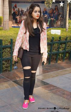 #OOTD: Dressin' Up #Grunge feat bright loafers, ripped leggings, coral lace blazer & leopard sling bag! http://www.heartbowsmakeup.com/ootd-dressing-up-grunge-indian-fashion-blog/