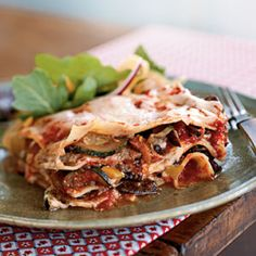 For this Colorful Vegetable Lasagna, layer bell pepper, zucchini and mushooms with lasagna noodles, marinara sauce, and three types of cheese. Roasted Vegetable Lasagna, Vegetable Lasagna Recipes, Vegetarian Lasagna Recipe, Best Lasagna Recipe, Pasta Recipes, Vegetable Lasagne, Vegetarian Entrees, Cookbook Recipes, Veggie Recipes
