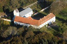 Oxholm Slot og Gods på Øland ved Limfjorden 5 km sydøst for Brovst.