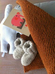 - les tricotes de Granny - tuto couverture de naissance
