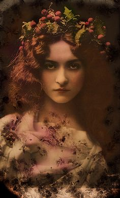 """Maude Fealy as """"Eunice"""" in """"Quo Vadis"""" 1899-1900"""
