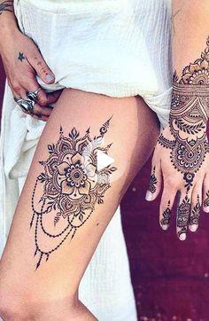 18 Beautiful Henna Tattoo Designs to Try Henna Thigh Tattoo, Henna Finger Tattoo, Henna Ankle, Small Henna Tattoos, Henna Body Art, Thigh Tattoos, Hand Henna, Foot Tattoos, Tattoo On Leg