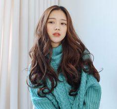 Korea fashion Wig shop [PINKAGE] Curl rolling three-piece / Size : FREE / Price : 44.12 USD #fashionwig #wig #womenwig #wigacc #lexyarn #curlwig