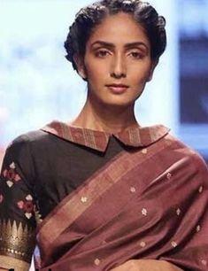 Silk Saree Blouse Designs, Fancy Blouse Designs, Blouse Neck Designs, Silk Sarees, Blouse Outfit, Collar Blouse, Indian Fashion, Collars, Sari