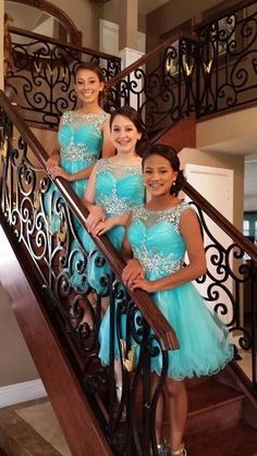 2016 Tiffany Blue Homecoming Dresses A-line Scoop Beaded Crystals Knee Length Tulle Party Gowns Prom Custom Made Junior Homecoming Dresses, A Line Prom Dresses, Bridesmaid Dresses, Dress Prom, Short Dresses, Quinceanera Dama Dresses, Quinceanera Party, Turquoise Quinceanera Dresses, Prom Party