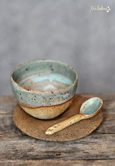 by trilukne. I love everything about this little bowl - color, texture, simple shape. See website for more.                                                                                                                                                     More