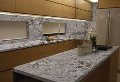 Granito Bianco Antico na cozinha