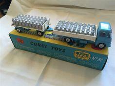 Annons på Tradera: Mjölklastbil med släp Corgi Toys