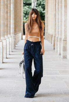 cropped top e pantalona