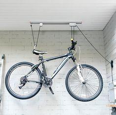 Con este organizador podrás colgar tu bicicleta cuando no la uses