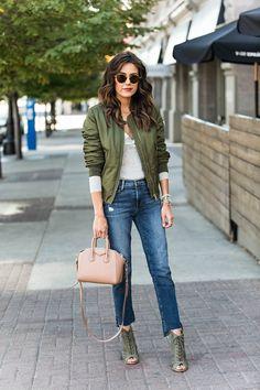 Hello Fashion. Grey Bodysuit+cropped jeans+khaki lace up heeled boots+khaki bomber+nude handbag+sunglasses. Fall outfit 2016. Body gris+vaqueros cropped+botas caqui con cordones+bomber caqui+bolso de mano nude+gafas de sol. Outfit Otoño 2016