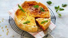 God og mettende pai med kjøttdeig. Paien passer godt når hele familien skal kose seg, enten det er til hverdags eller på lørdagskvelden. Hvis du ønsker å sp... Quiche, Breakfast, Food, Morning Coffee, Essen, Quiches, Meals, Yemek, Eten