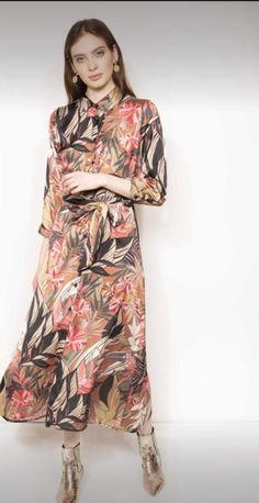 Dresses With Sleeves, Long Sleeve, Fashion, Sleeve Dresses, Long Dress Patterns, Fashion Styles, Fashion Illustrations, Trendy Fashion, Moda