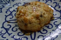 Making Miracles: #FoodieExtravaganza ~ Maple Bacon & Cheddar Buttermilk Biscuits @cabotcheese