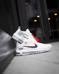 b10ba87ae59 OFF WHITE x Nike Air Max 97 sɴᴇᴀᴋᴇʀs  amp  sᴛʀᴇᴇᴛsᴛʏʟᴇ ғᴏʟʟᴏᴡ  filetlondon   filetFamilia