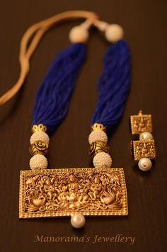 Gorgeous Maroon Thewa Pendant Set,Light Weight Pendant Set,Thewa Jewelry,Indian Jewelry,Maroon and Gold Combo Anvaya Series Manorama/'s!