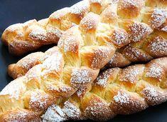braided bread with orange blossom water Italian Cookies, Italian Desserts, Italian Recipes, Bakers Yeast, Braided Bread, Make Ahead Breakfast, Sweet Bread, Bread Baking, I Love Food