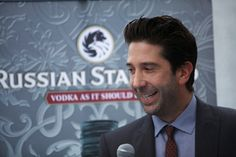 David Schwimmer and his security camera help NYPD solve a crime | #TheOneWithTheAssault #ScienceBoy #Unagi #GoodGuyDavid
