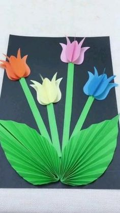 Paper Flowers Craft, Paper Crafts Origami, Diy Crafts For Gifts, Paper Crafts For Kids, Preschool Crafts, Flower Crafts Kids, Spring Crafts For Kids, Mothers Day Crafts For Kids, Paper Flower Tutorial