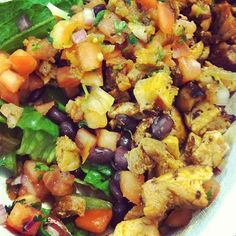 Semi clean eats at Chipotle. Chicken salad with pico, black beans, and spicy salsa. Don't let them trick with those grilled veggies - sitting in oil!